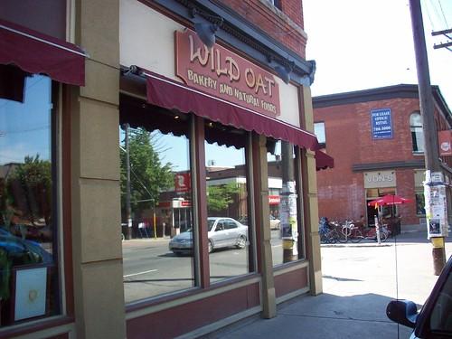 wild oat bakery cafe ottawa vegetarian