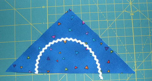 Place and sew rickrack