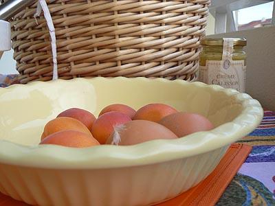plat et oeufs et abricots.jpg