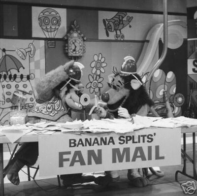 hb_bananasplits_photo3.JPG