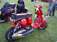 lambretta cutdown (mark & anne's photos) Tags: vespa rally lambretta scooters custom scooterrally bretta ronniebiggs