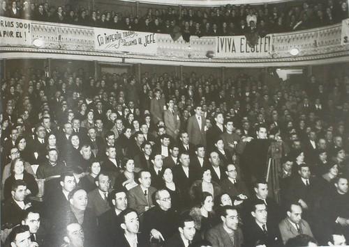 Acto de la C.E.D.A. en el teatro de Rojas de Toledo en febrero de 1936. Fotografía Rodríguez