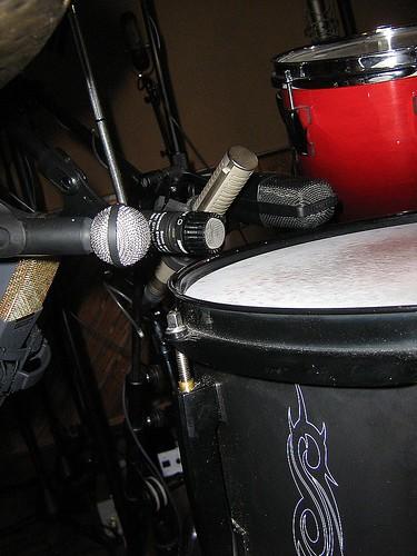 gearslutz drum micing 5 snare mics 4 kick mics 3 overheads. Black Bedroom Furniture Sets. Home Design Ideas