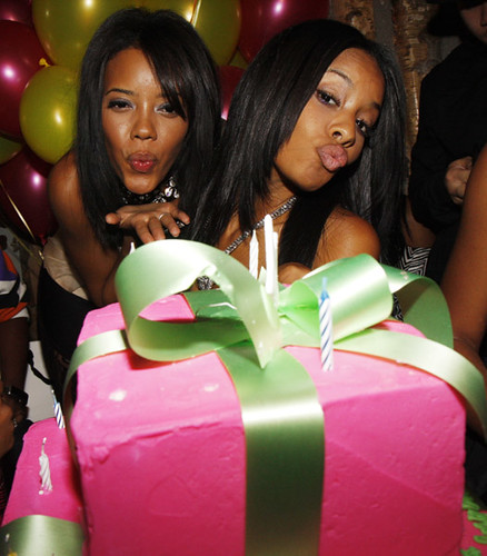 Angela Simmns & Vanessa williams birthday party