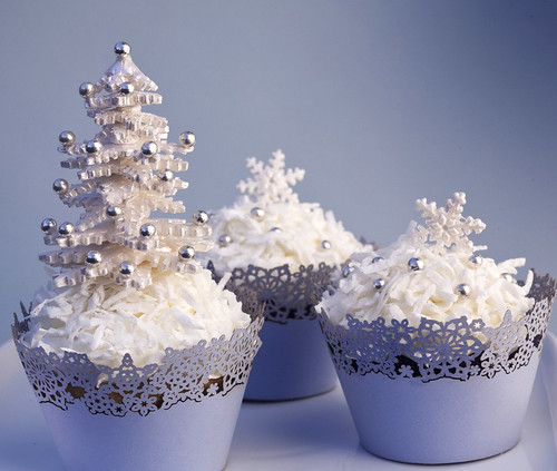 Christmas Cupcakes by Couture-Cupcakes.com.