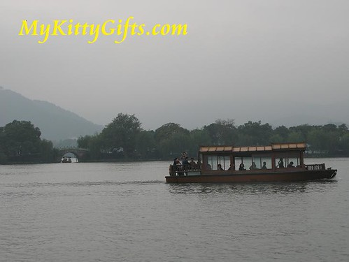 Hello Kitty's Boat Trip over West Lake, HangZhou