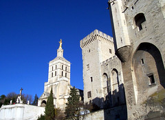 Tours de Pise (Totankah) Tags: des palais horloge notre dame avignon papes doms vaucluse