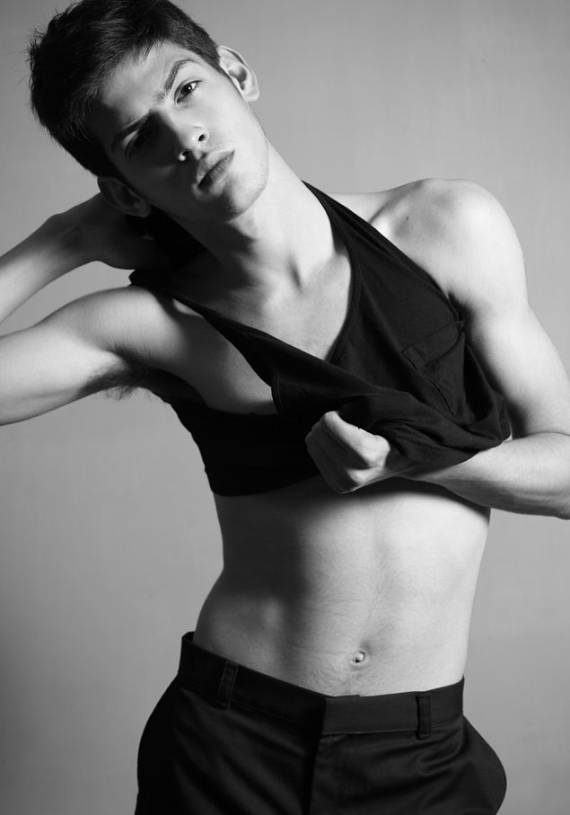 SS12 New Faces_Chris Garcia WHY NOT(MODELScom)