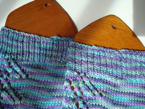 FO Pagoda Lace Socks 005