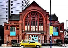 chapel (Harry Halibut) Tags: nottingham blue tower church window lamp car yellow high boulevard post chapel flats mustard block rise gregory oldcity allrightsreserved redbrick intricate nottnghm080316121 ©andrewpettigrew