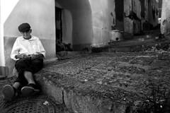 Paziente attesa (Photo GM) Tags: italy white black island waiting italia napoli naples bianco nero procida fotografo isola giacomo attesa solitudine musella photogrpher sfide sfidephotoamatori photoamatori