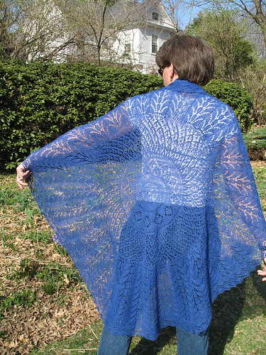Shawl_Back_Outdoors