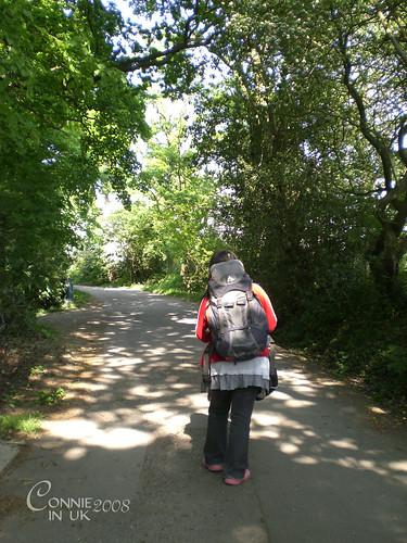 背著 Backpack 回程上山時攝