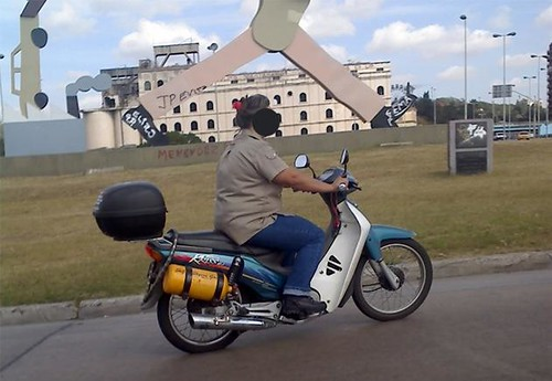 Moto a Gas (Algunos diran 'Que rata') 2657301462_5e12fae5a3