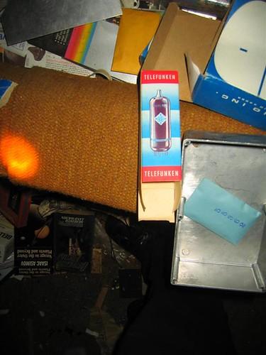 Telefunken vacuum tube box detail