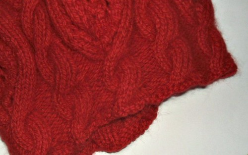 Rose Red Cable Detail