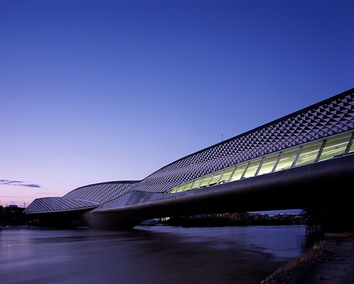 Zaragoza Bridge Pavilion. Zaragoza Bridge Pavilion by