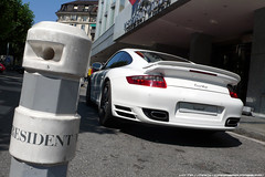 Porsche 997 Turbo (calians.sevan) Tags: world auto new trip light sunset sea white france color art cars love beautiful car wheel sport speed canon wow french photography photo amazing nikon focus europe pretty shoot photographer photoshoot suisse flat geneve image photos swiss president wheels performance dream automotive spot voiture exotic turbo photograph porsche wilson motor nikkor fabulous rim rims technique blanc luxury rare supercar luxe spotting vitesse artisitic vehicule 997 carspotting sevan d40 flat6 d80 calians