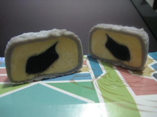 Mei Xin Snowy Mooncake (Sesame) 2