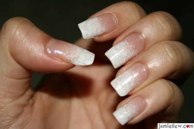 nails art design. snow nail sponge art design