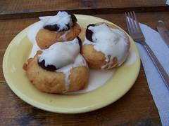 Papanasi - yummy Romanian desert