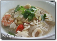Tom Yum Talay (Hot & Sour Thai Seafood Soup) (pigpigscorner) Tags: food hot cooking tom recipe photography cuisine soup pig blog yum delicious noodles seafood spicy recipes dishes sour savoury pigpigscorner