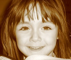 VIRGINIA LA BELLA (medusa_aa) Tags: virginia bella bambina seppia