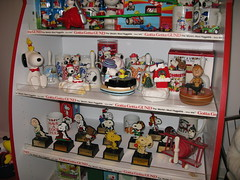 Peanuts Trophies and Snoopy Music Boxes