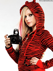 Avril Lavigne New Photoshoot: Canon (brunochip) Tags: pictures show new canon foto tour photoshoot photos thing live best revolution damn 2008 avril blend comercial lavigne treatment blends tratamento brunochip