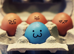 day #54/? - racism. (*northern star) Tags: blue kitchen canon 50mm fridge different faces blu egg explore eggs racism day54 cucina uovo facce diverso uova northernstar frigorifero razzismo explored donotsteal eos450d allrightsreserved northernstarandthewhiterabbit northernstar tititu digitalrebelxsi eff18ii hmdiw usewithoutpermissionisillegal northernstarphotography ifyouwannatakeitforpersonalusesnotcommercialusesjustask