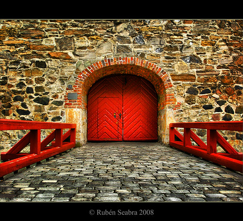 HDR - Red Gate by *atrium09