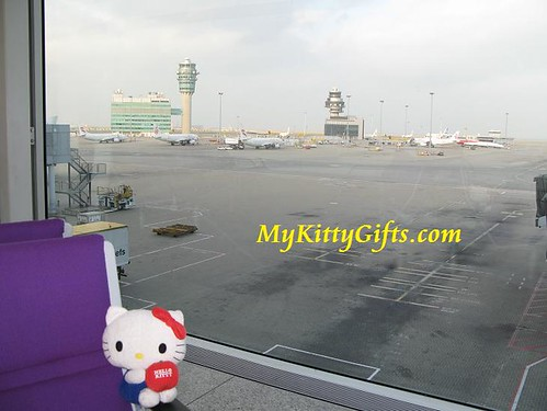 Hello Kitty at Hong Kong Airport