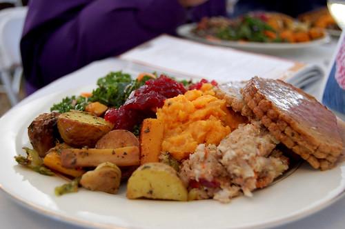 thanksliving dinner