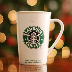 Starbucks\' Christmas Bokeh