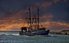 Hopeful (Sunset Sailor) Tags: fishing marine searchthebest vessel galilee atlantic rhodeisland maritime nautical trawler hopeful fv dragger