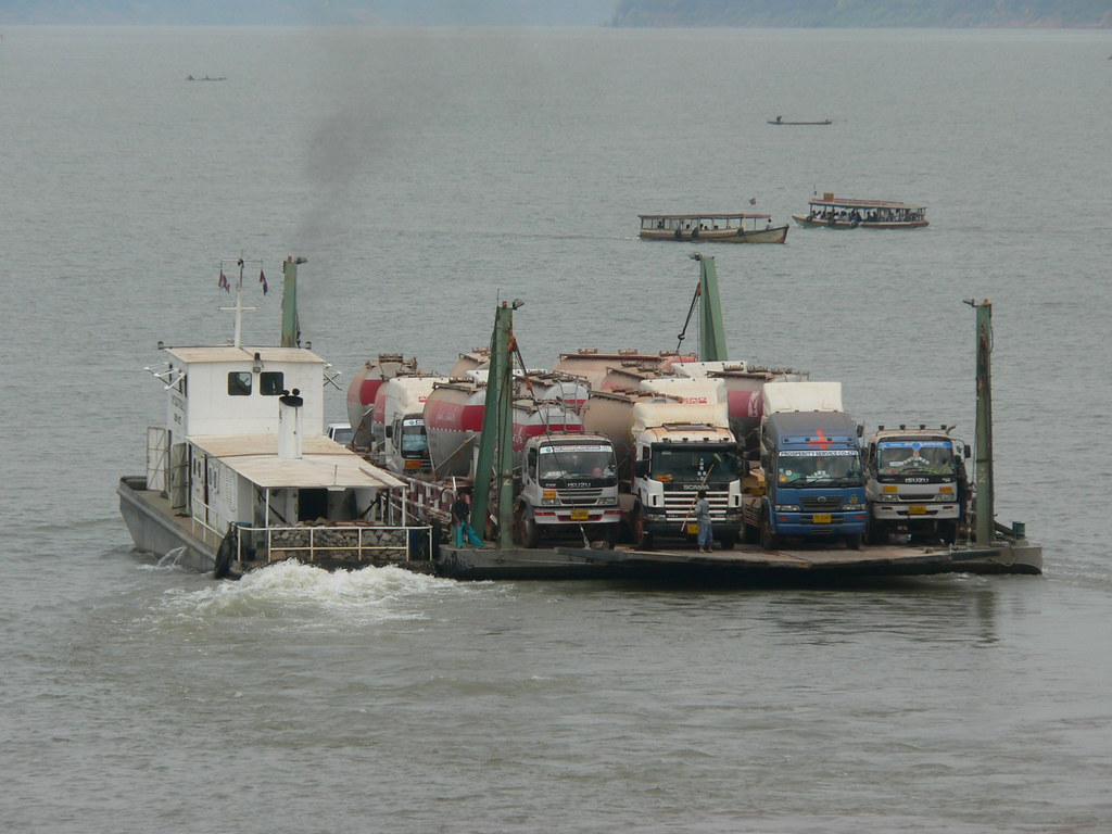 Vehicle ferry