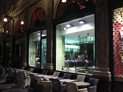 café du Vaudeville.jpg