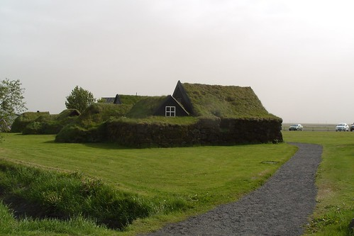turf roof houses