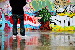 one more. (diyosa) Tags: coyote tree rain wall graffiti berkeley udon shoes pants legs vans optimist stuey eighty63 d300 plantrees bpf printswap 1750mm28