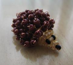 Erizo. (naiarais) Tags: animal handmade bolas marron erizo artesania manualidades abalorios hechoamano bolitas hechopornairara animaldebolitas