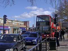141 Green Lanes (satguru) Tags: bus 141 hornsey