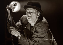 Tom Waits 11 (Scottspy) Tags: portrait blackandwhite bw livemusic gigs concerts concertphotography waits tomwaits raindogs singersongwriters livemusicphotos scottspy americanlegend glitteranddoomtour grandweeper