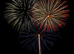 July 4th 2009-20 (Fairfield Tat) Tags: sky beautiful night landscape lights fireworks nikond50 july4th ucdavis tamron2875mm