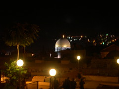 Dome of the Rock at Night (upyernoz) Tags: people night israel palestine jerusalem domeoftherock mosque   oldcity templemount