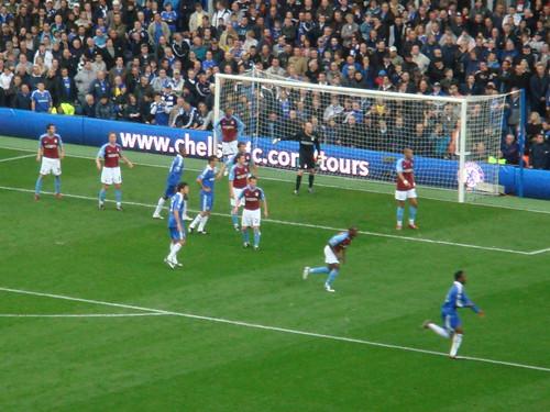Corner contra el Aston Villa