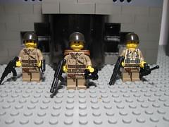 Army Sig Figs (Aaron (-_-)) Tags: army lego military brickarms