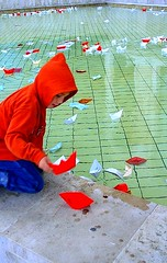 little red player (torok) Tags: street city water children hungary child searchthebest budapest loveit nophotoshop fabulous childrenplay squere totalphoto abigfave flickrdiamond fimdevelopers theperfectphotographer alwayscomment5 damniwishidtakenthat globalworldawards artandlove