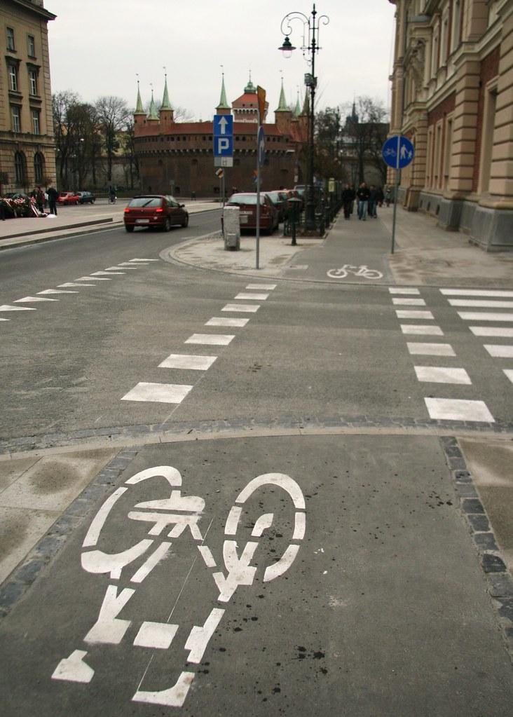 bad bike lane + barbican