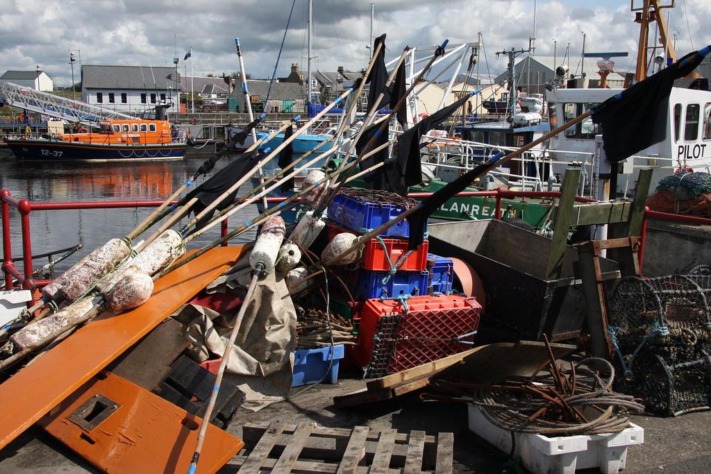Fishing equipment. (2)