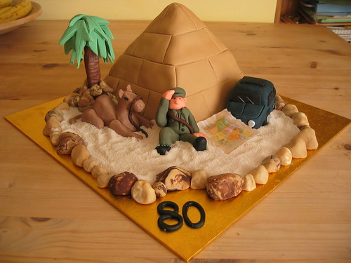 Pyramid In The Desert Beautiful Birthday Cakes